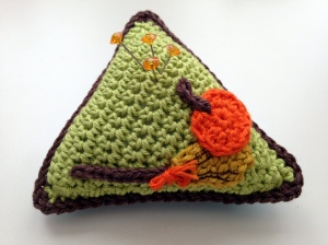halloween pincushion-01