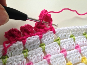 maRRose - CCC - crocheted pompom border