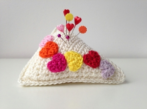 maRRose - CCC - Valentine's Pincushion