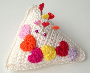 maRRose - CCC - Valentine's Pincushion