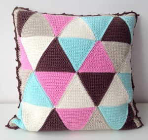 Triangle Cushion Cover