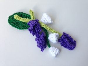 maRRose - CCC --- flower brooch lavender