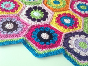 maRRose - CCC --- Hexagon blanket-01