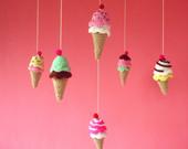 maRRose - CCC --- Treasury Tuesday, Crocheted  Ice Cream-02