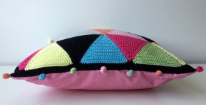maRRose - CCC - The Candy Triangle Cushion-06