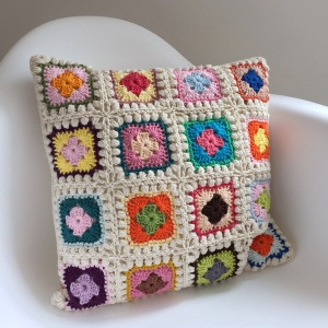 maRRose - CCC --- Bobble Granny Square Cushion-06