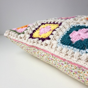 maRRose - CCC --- Bobble Granny Square Cushion-10