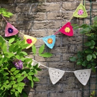 Rose Party Triangles