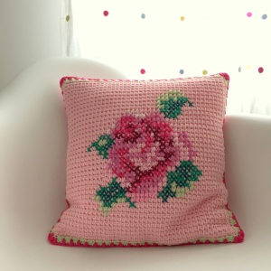 maRRose - CCC - Tunisian Cushion Cover-18